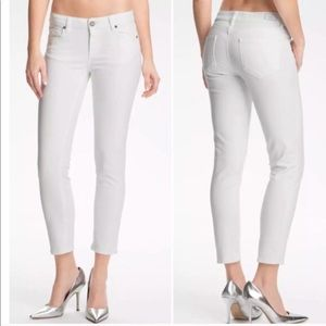 Paige size 24 white cropped jeans
